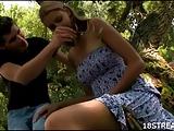 Blondes Luder im Wald gefickt